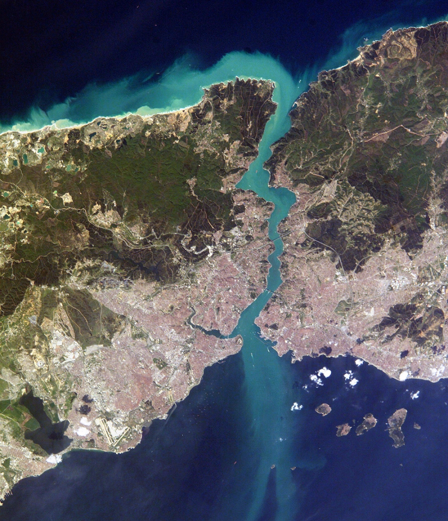 Istambul_and_Bosporus_big.jpg