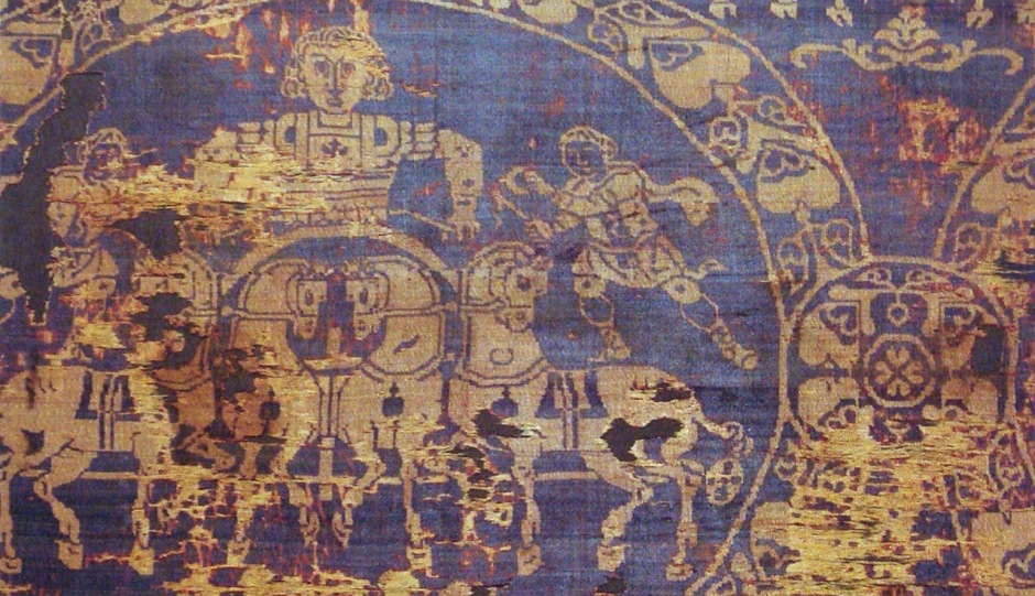 1280px-Shroud_of_Charlemagne_manufactured_in_Constantinople_814 (1).jpg