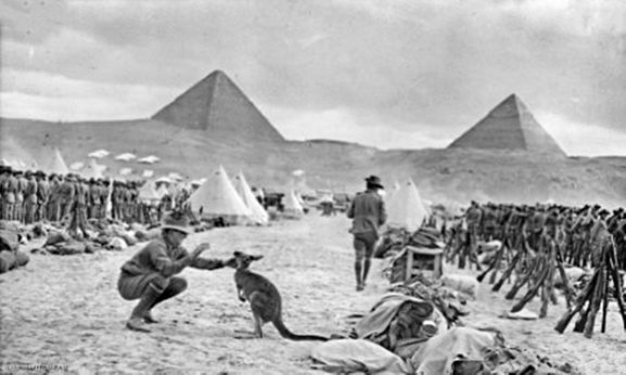 australian_9th_and_10th_battalions_egypt_december_1914_awm_c02588.jpg