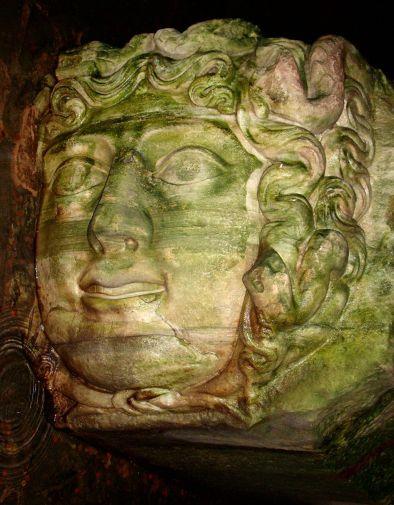 1024px-Basilica_Cistern_Medusa_Rotated.JPG