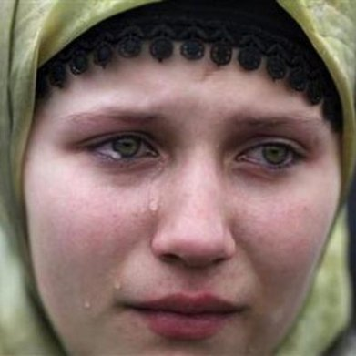 bosnian-refugee-girl
