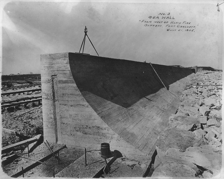 No._3,_Sea_Wall,_From_West_of_Rapid_Fire_Battery,_Fort_Crockett_-_NARA_-_278143.jpg