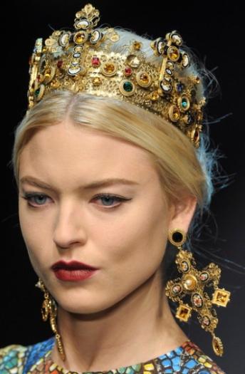 dolce-gabbana-milan-aw2013-adron-london-jewellery-trends-blog-religious-iconography-princess-micro-mosaic-crucifix-three.jpg