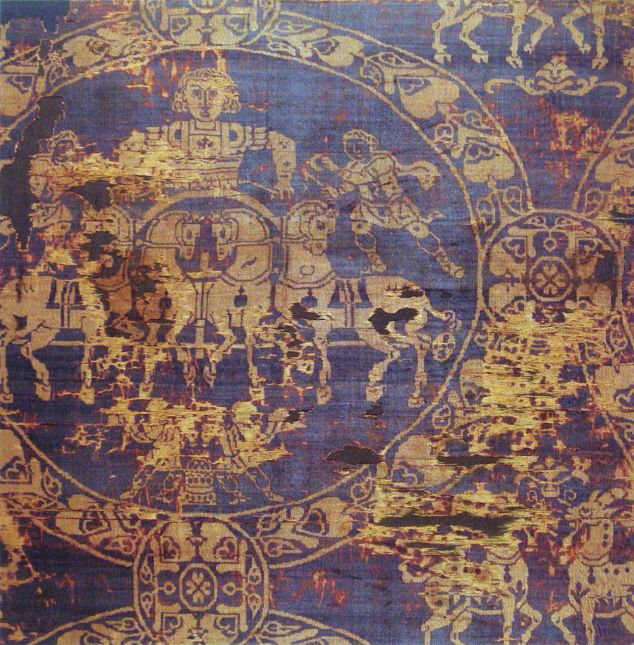 1280px-Shroud_of_Charlemagne_manufactured_in_Constantinople_814.jpg