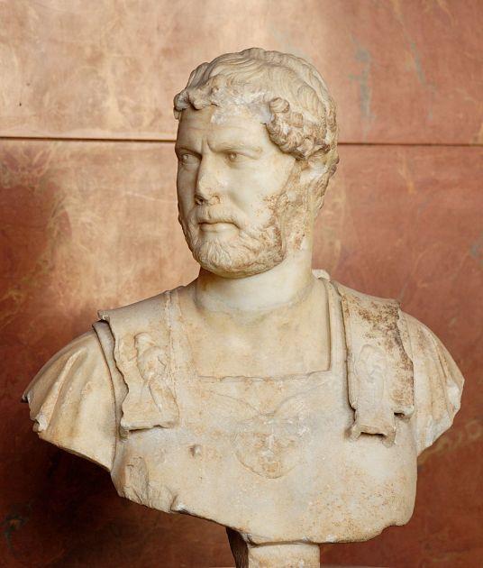 Emperor_Hadrian_Louvre_Ma3131.jpg